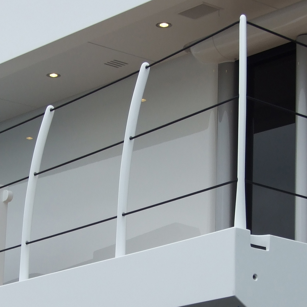 Removable balcony railing